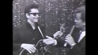OH PRETTY WOMAN Roy Orbison On American Bandstand 1966