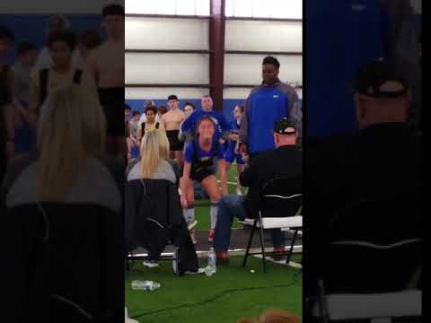 Aiyeem Kelton- 200 lb deadlift