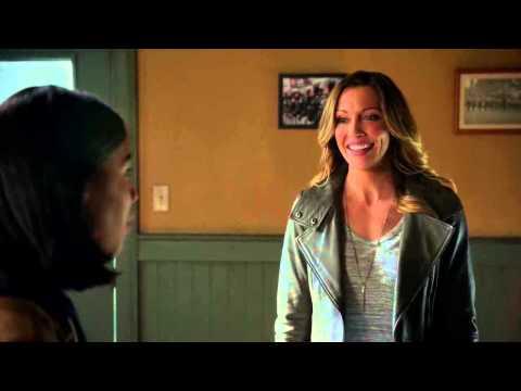 The Flash 1x19 - Laurel meets Cisco and Joe