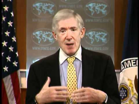 Under Secretary Hormats Holds Press Briefing on Diplomacy and Jobs