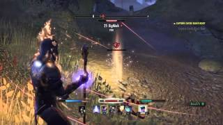 ESO Stranger Pays me 1000 Gold for Saving Him in PVP