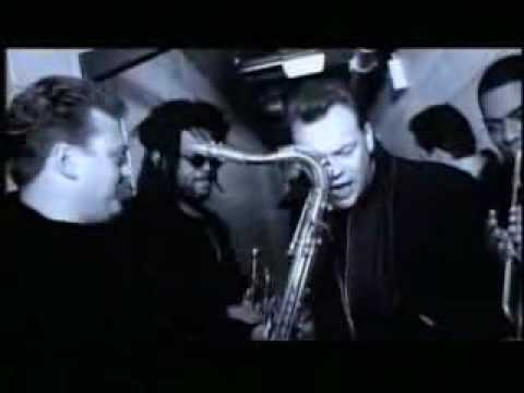 UB40-Can't Help Falling In Love