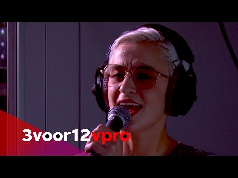 Sheila And The Kit - Live At 3voor12 Radio