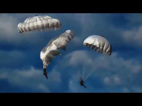 특전사 공수부대원 낙하산 줄 꼬여 사망각 Parachute fails
