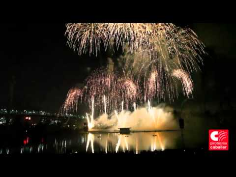 International Feux Loto Québec 2014 Pirotecnia Caballer Spain HD