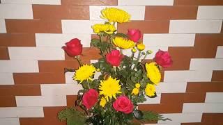 cách cắm hoa hồng với hoa cúc đơn giản đẹp.