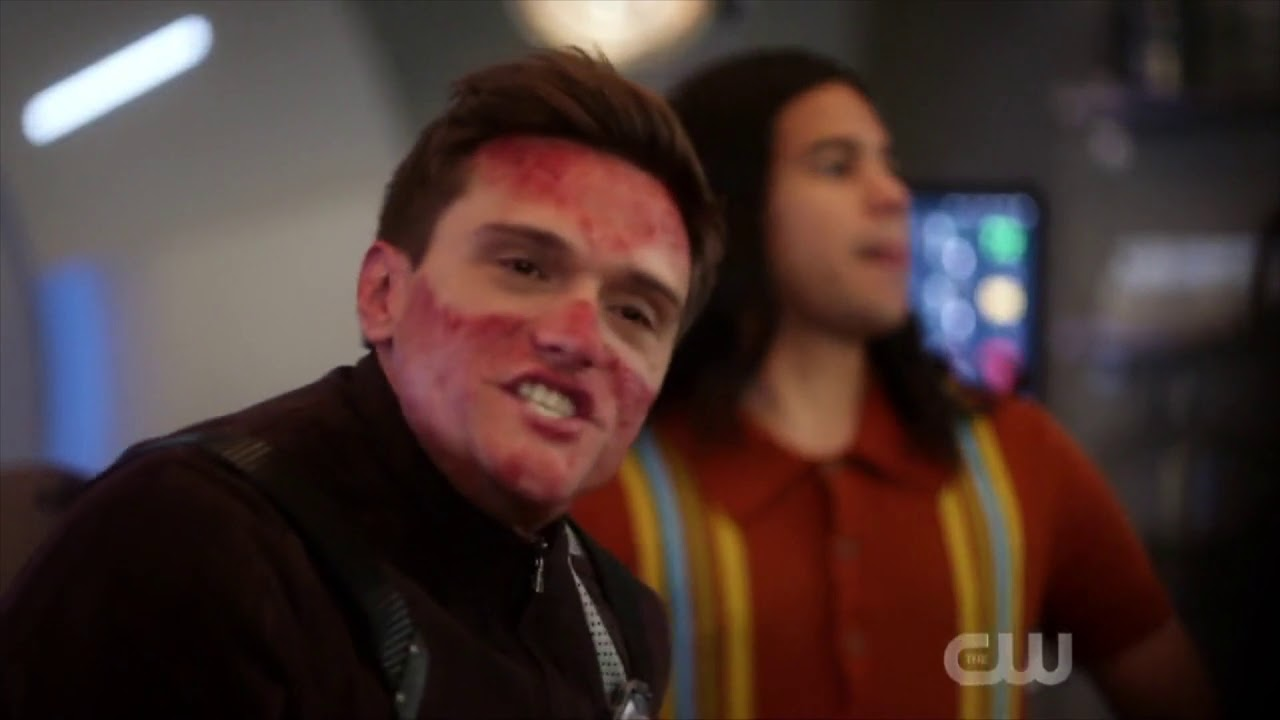 Download The Flash 6x02 - Ralph gets hurt & Frost talks with Cisco
