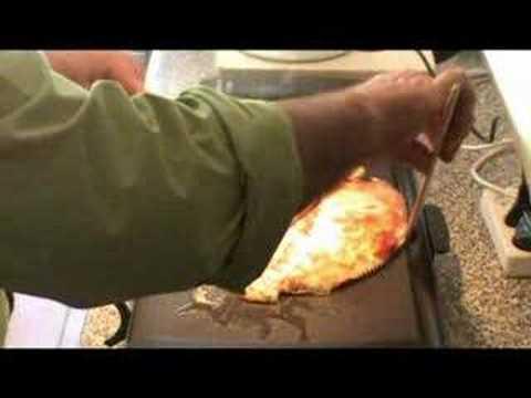 Cocinar para los amigos rodaballo a la plancha youtube for Cocinar para los amigos
