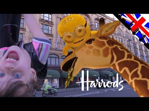 [VLOG] Fun au rayon Jouets à Harrods à Londres - Studio Bubble Tea visiting toys Harrods London