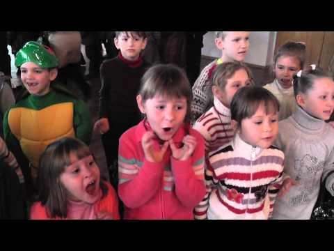Выход Деда Мороза к ученикам 1-А класса 28.12.2012 г.