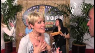 Dawn Meehan Survivor: Caramoan red carpet interview - Her fake teeth removal