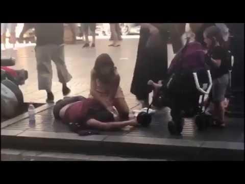 URGENTE: Terroristas islâmicos atacam Barcelona, veja o vídeo - Suspeita de 13 mortos