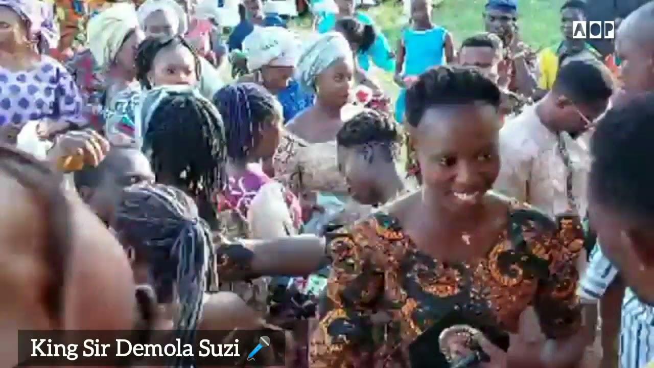 Download Sir Demola Suzi live on stage