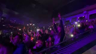 Антитіла - Antytila - Люди Як Кораблі - Скрябін cover - Hello Tour - Kyiv - 17 11 19  - back view
