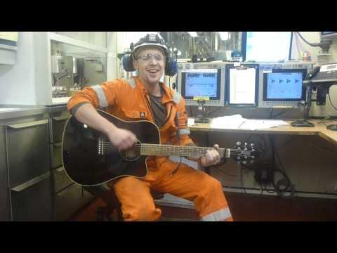 Mud Engineer on Rig action
