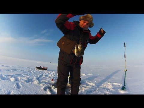 Смотреть зимняя рыбалка на озере сосновоозерске