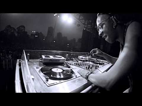 DJ Marky And  Stamina MC - 2004 Live Drum & Bass Arena - D'n'B set