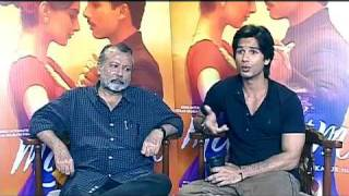 Shahid Kapoor & Pankaj Kapoor on Mausam - Exclusive Interview