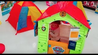 Cute Little Girl TOYS R US Fun Time , Play Area For Kids , Funny Video for Kids