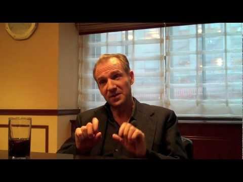 Ralph Fiennes Interviewed by Scott Feinberg