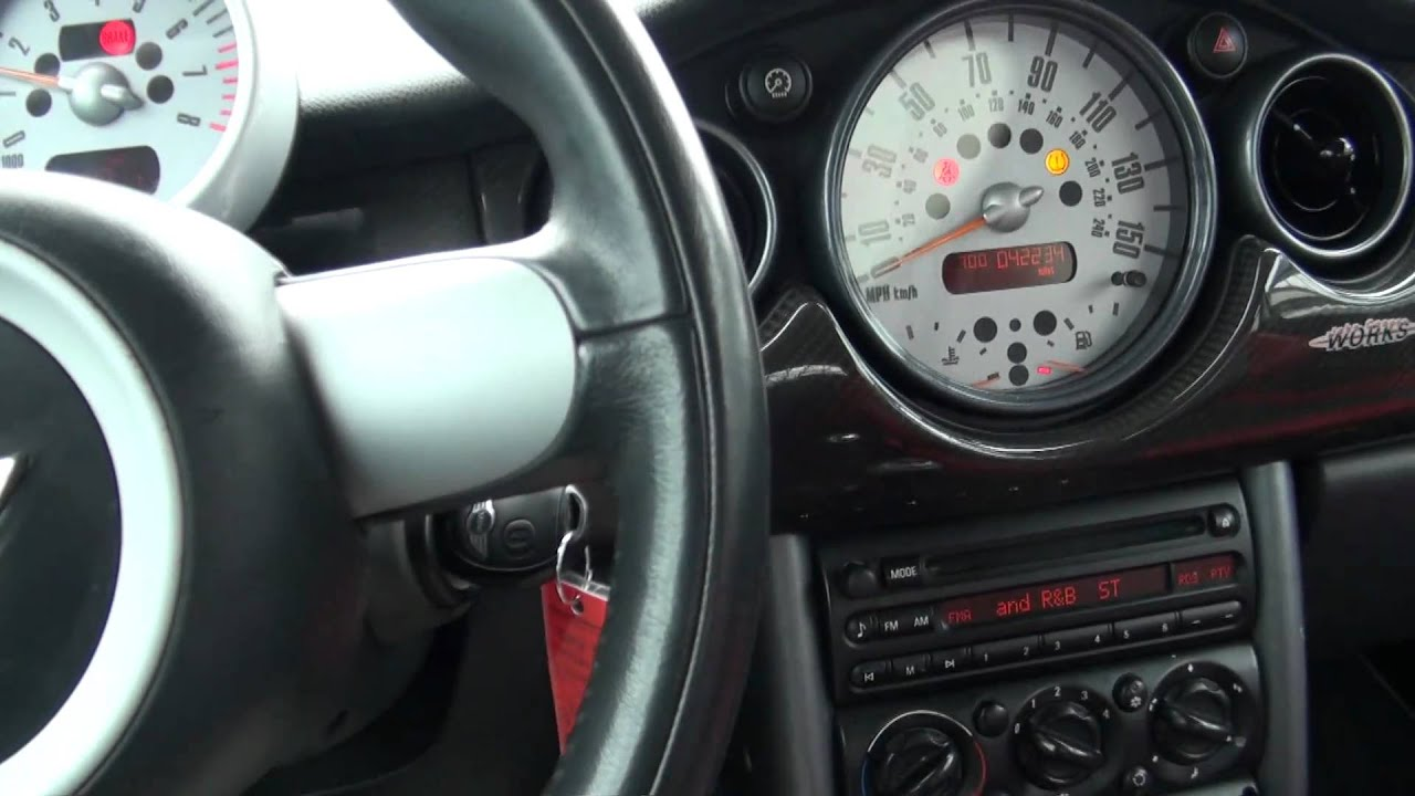 2004 mini cooper hardtop s john cooper works youtube. Black Bedroom Furniture Sets. Home Design Ideas
