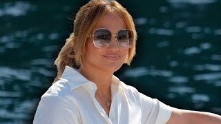 Jennifer Lopez Shows Off Ben Affleck Name Necklace While In Italy