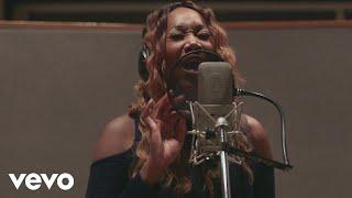 Yolanda Adams - Inside The Music from The Star