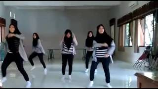 Download Video Modern Dance Cover SMA 2 BAE kudus MP3 3GP MP4
