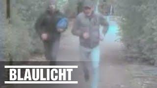 Polizei sucht diese flüchtigen Räuber mit diesen Überwachungsbildern