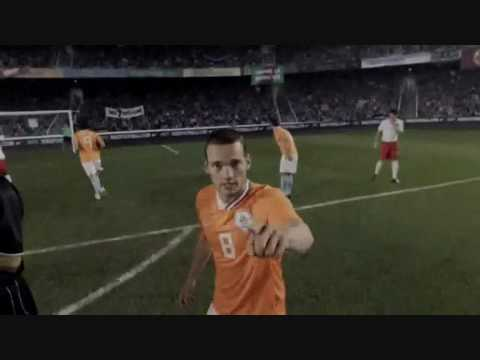 Dutch World Cup 2010 promo - The Lions are at the door