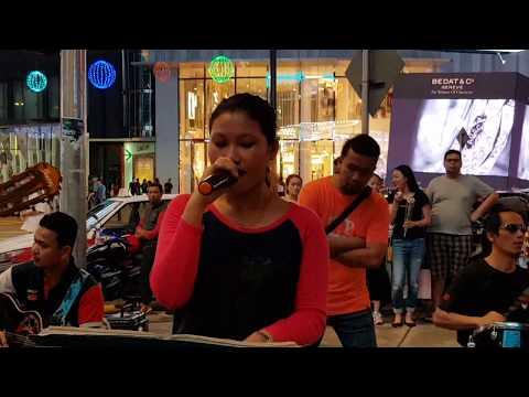 LAGI SYANTIK-Nurul feat Redeem buskers cover siti badriah