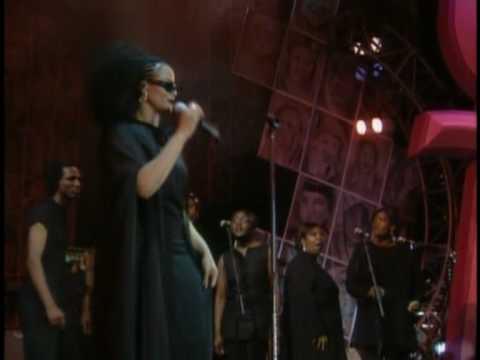 Gabrielle - Sunshine & Give Me A Little More Time live mp3