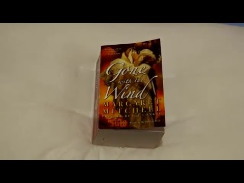 Gone with the Wind (Mass Market Paperback) Margaret Mitchell / Pocket Books