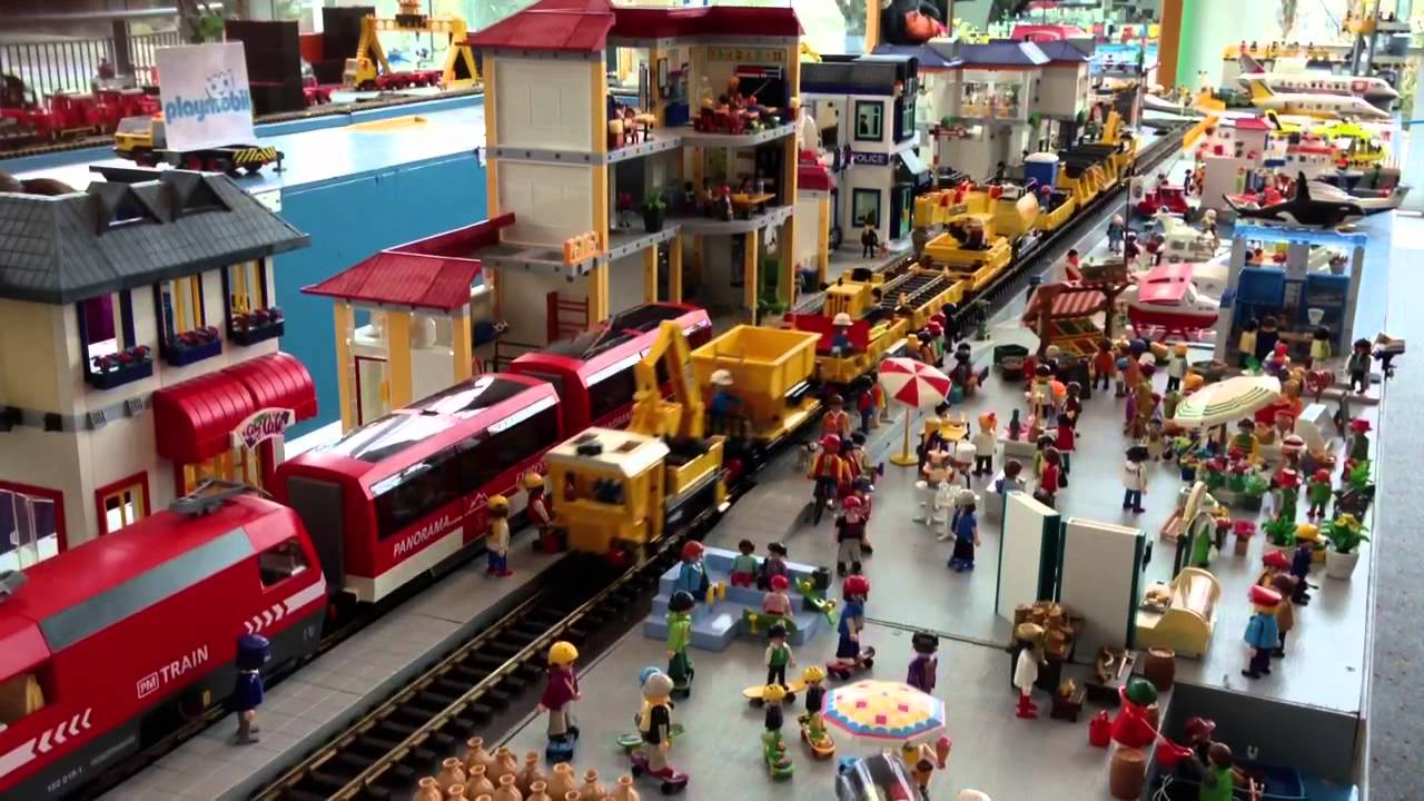 Playmobil layout 2010 (ride with the engineer #2) - YouTube |Playmobil Train Layouts