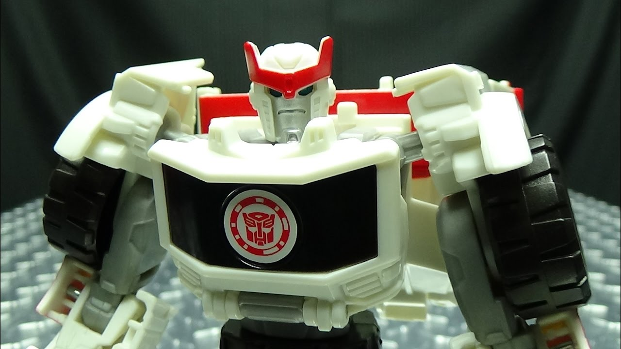 Robots In Disguise Warrior RATCHET EmGos Transformers Reviews N Stuff YouTube