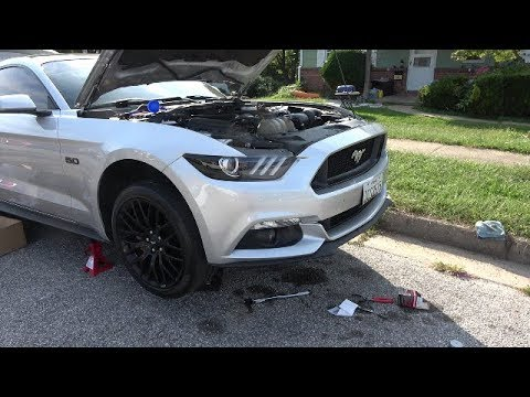 how to not change oil in a 2015 mustang gt youtube. Black Bedroom Furniture Sets. Home Design Ideas