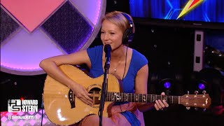 """Jewel Covers """"The Needle and the Damage Done"""" on the Howard Stern Show (2010)"""