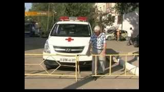 видео Жители коттеджей незаконно установили шлагбаум