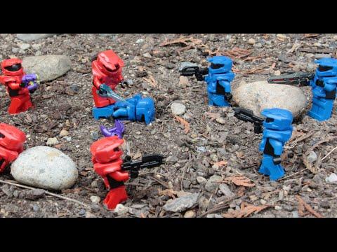 LEGO Custom Red Vs. Blue Halo Battle! 4v4 Red vs. Blue