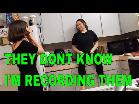 she don't know I'm recording her...