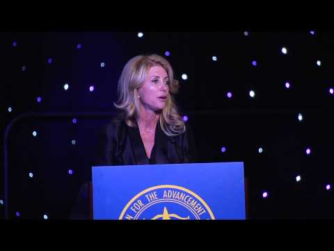 Wendy Davis Speaks During the 2014 NAACP Houston Branch Freedom Fund Gala