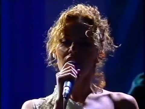 Kylie Minogue & Nick Cave - Where The Wild...