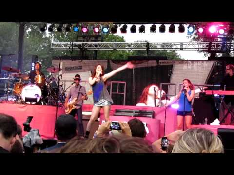 """Miranda Cosgrove - """"There Will Be Tears"""" - Live (HD) 2011 - Binghamton, NY"""