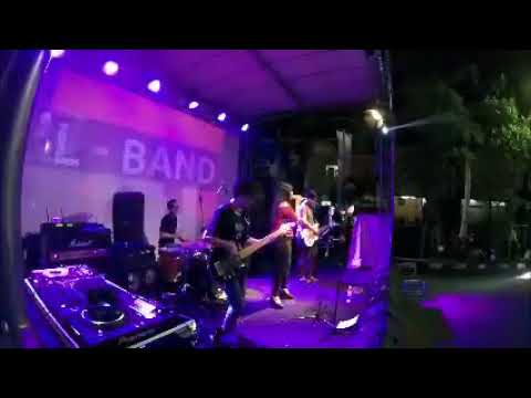 Rolling In The Deep - adele cover by elband