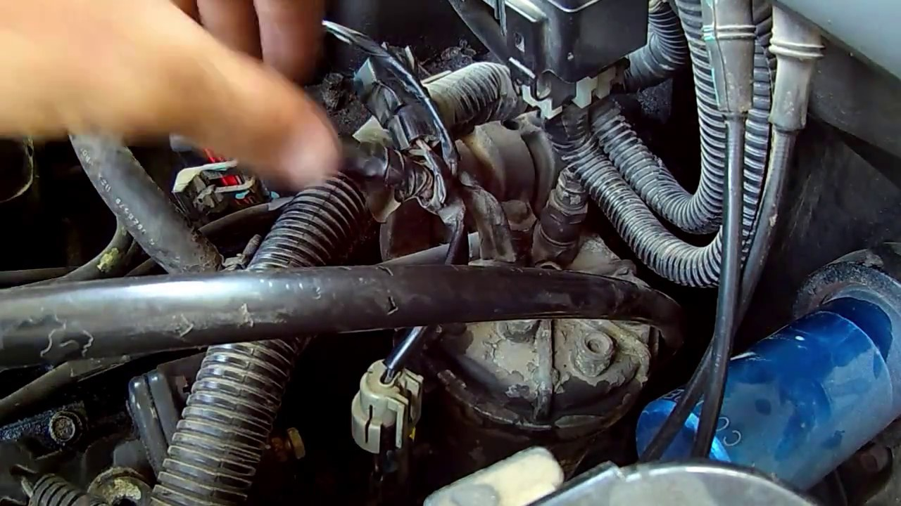 small resolution of changing the fuel filter on your 97 98 cummins