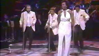 """Gladys Knight & The Pips """"I Heard It Through The Grapevine"""" (1983)"""