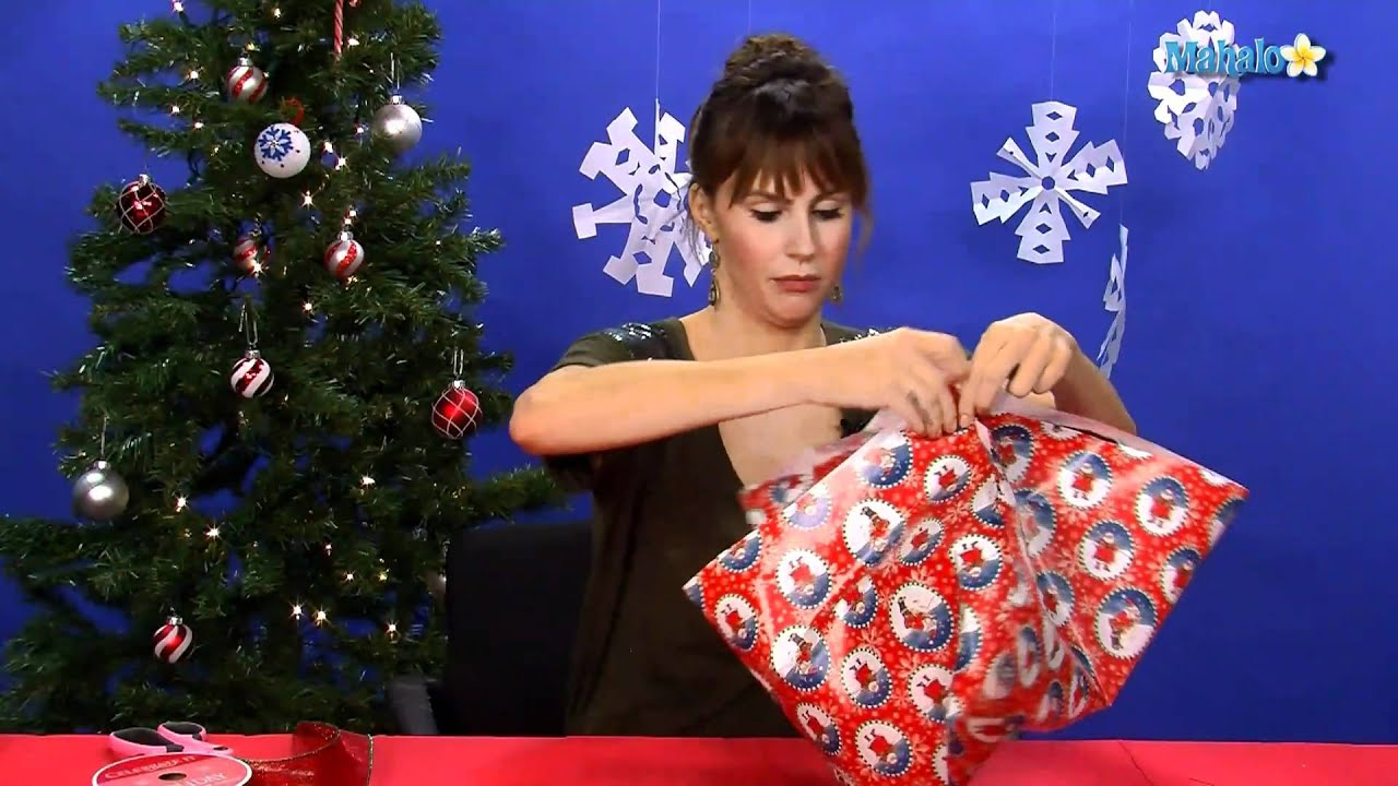 How To Gift Wrap an Odd-Shaped Present - YouTube