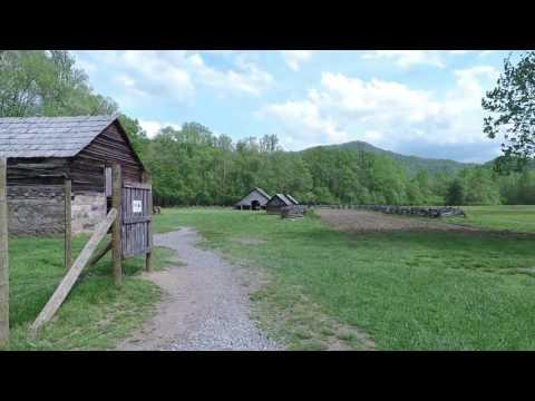Smoky Mountain Tour - Mountain Farm Museum and Mingus Mill