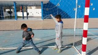 ملعب الكورة  للأطفال الصغار