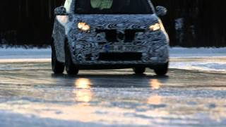 New 2015 Smart ForTwo and ForFour Driving